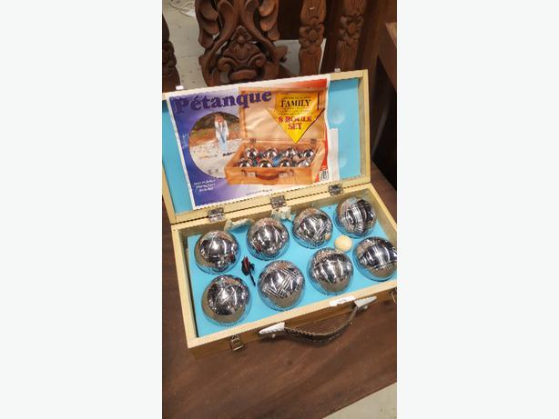 vintage Petanque set