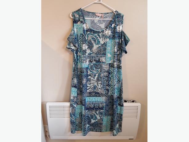STUNNER! Gorgeous summer dress for under $50.00!