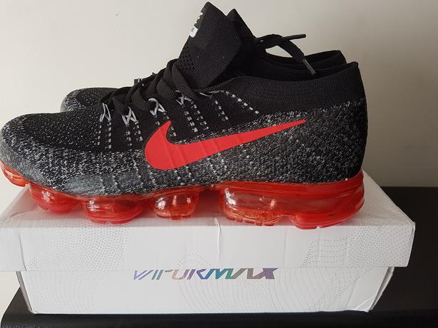 Men's Nike Air Vapormax Flyknit size 11