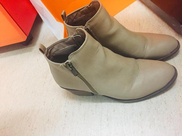 Selling Dion boots from London Rebel