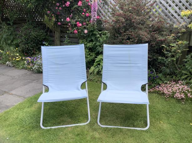 Outdoor chairs (Pair)