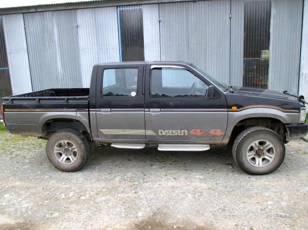 1990 Nissan Navara turbo diesel 4WD Manual