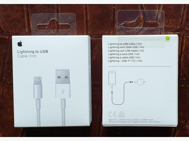 Authentic Official Apple Lightning to USB Cable 1m in Retail Box