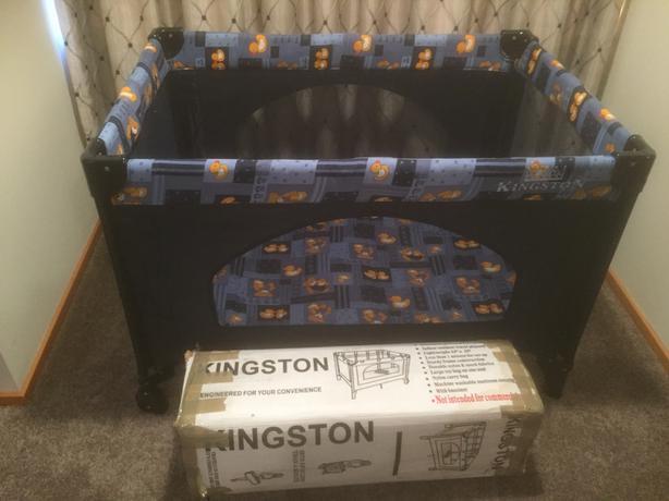 Portable cot