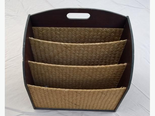 Wicker Magazine Rack, 3 Compartments