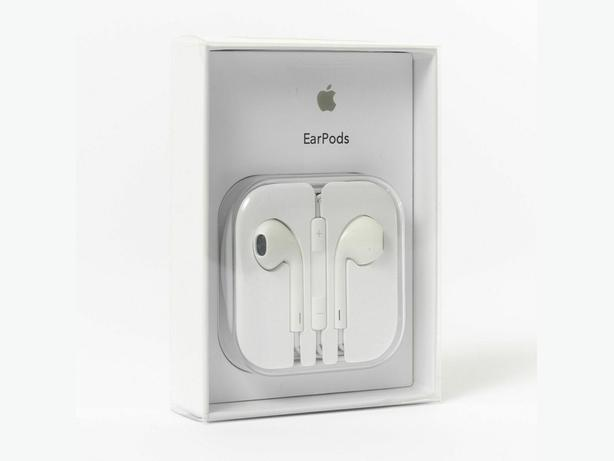 Official Genuine Apple EarPods with 3.5mm Headphone Plug