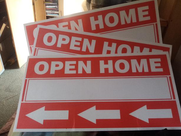 FREE: Open Home signs