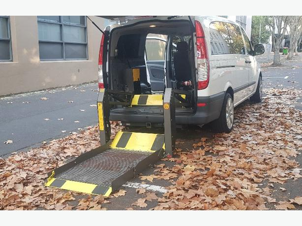 Mercedes-Benz Disability Van with 300 KG Lift Hoist
