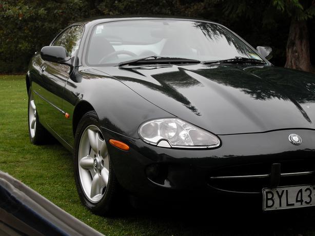 Jaguar 4-Litre V8 Coupe