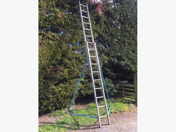  Log In needed $200 · Extension Ladder - Alco brand