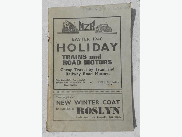 New Zealand railways (NZR) 1940 easter holiday timetable book for trains and 'ro