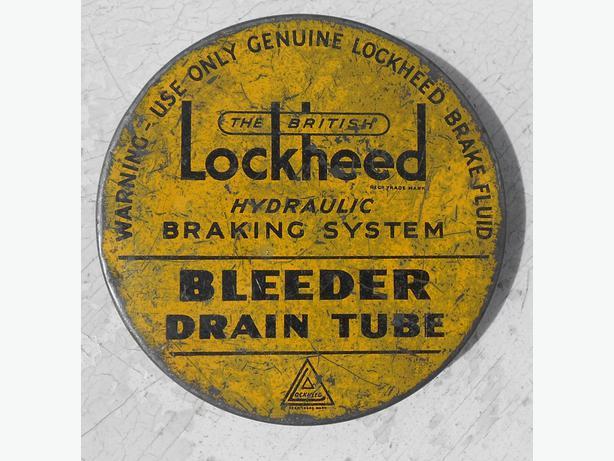 Classic car toolkit 'Lockheed Bleeder Drain Tube', original tin and tube (mint);