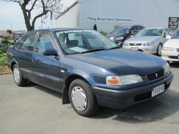 2000 toyota sprinter sedan xe vintage /ae110/ used car from japan.