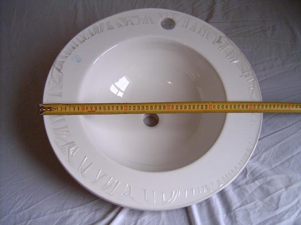 Large  round white hand basin  (KOHLER )