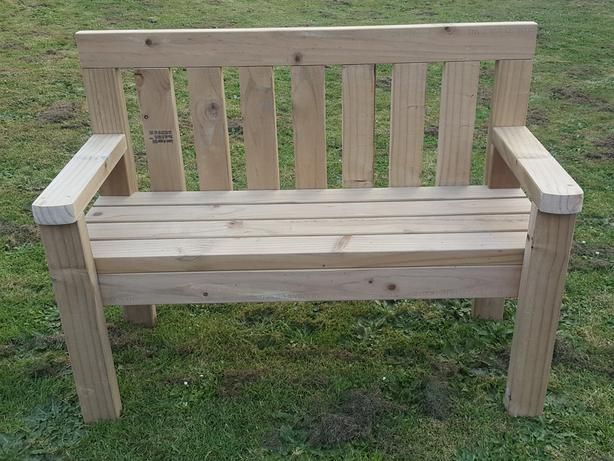 Traditional upright two seater garden seat