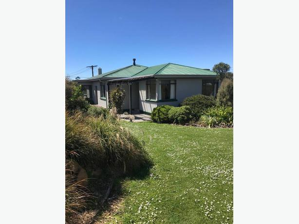 LARGE SUNNY HOUSE FOR SALE IN WESTON