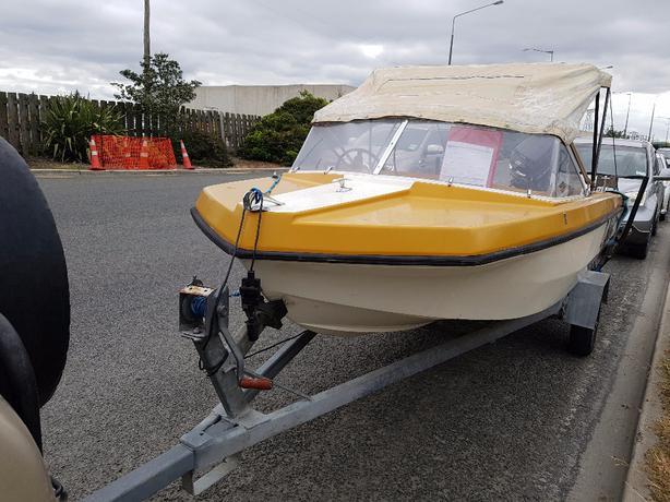 Boat Fireball 14 foot 50Hp