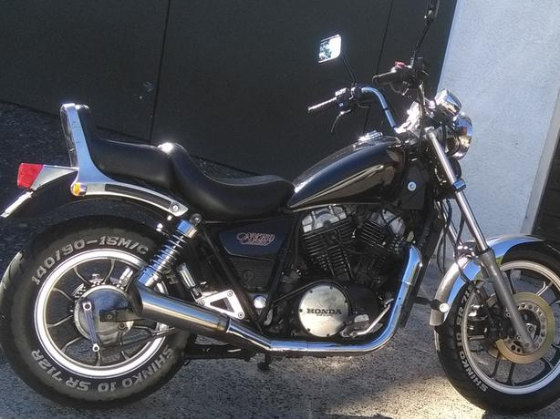 HONDA CUSTOM NV750 1988 2950 ONO Ph 0220102155