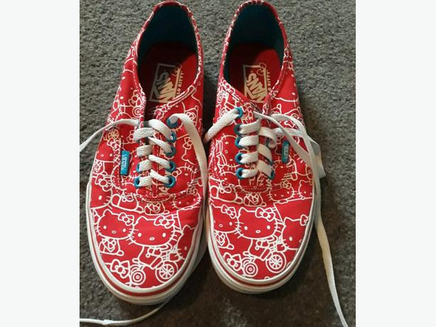 Hello Kitty Vans shoes size 9