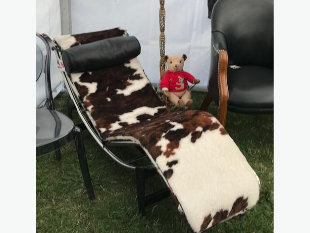 Iconic Pony Hyde Reclining Chair