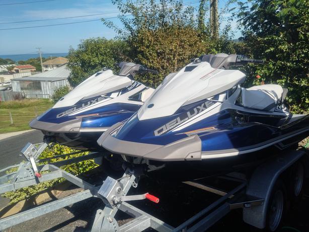 2 x Yamaha VX Deluxe Jet Ski's