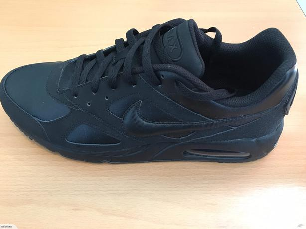 Nike Air Max Ivo Leather Trainers Mens Black size US12(46
