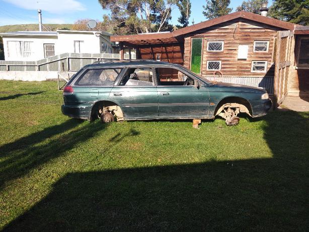 FREE: Subaru Legacy 94