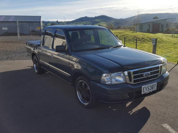 Ford courier XL 5 speed 2004