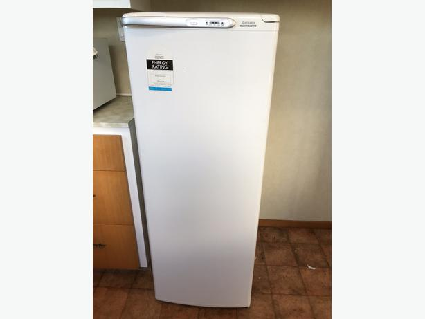 Stand Alone Freezer Mitsubishi