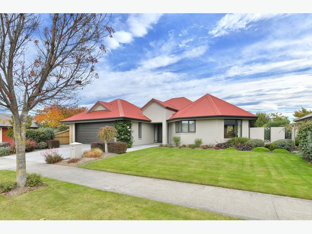 The Oaks, Rangiora  Heavily reduced price.
