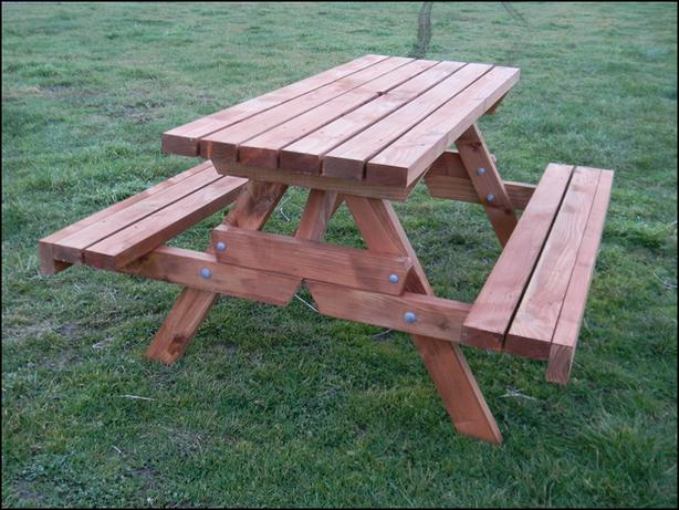 Oregon BBQ Table Oiled With Fold Up Seats