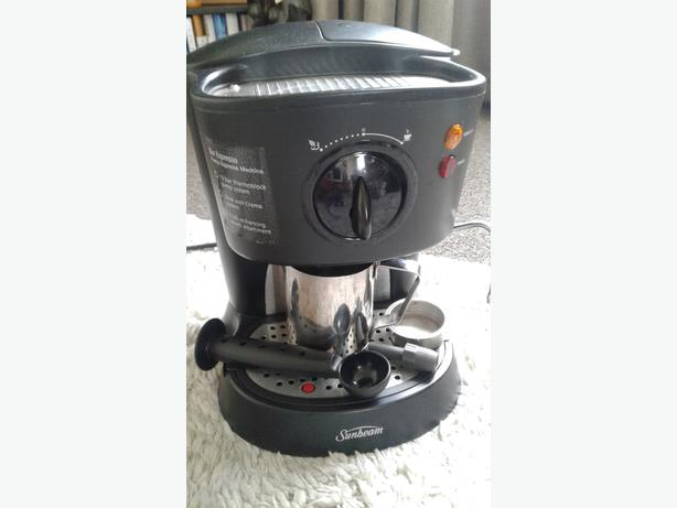 SUNBEAM BAR EXPRESSO PUMP MACHINE WITH OUT FILTER HANDLE!